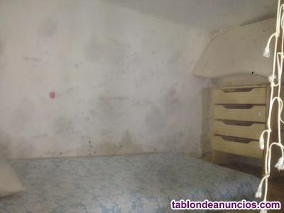 Habitación para chica estudiante