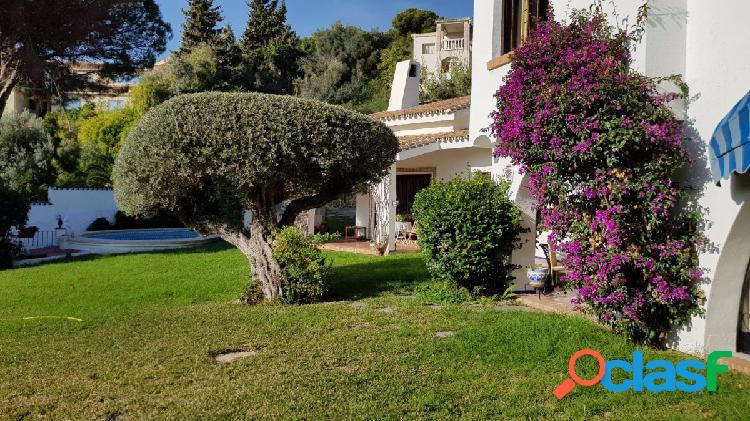 Impresionante Villa tipo Cortijo Andaluz en Torremuelle