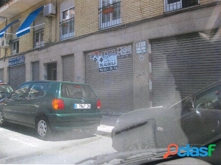 Local comercial en Elche zona Carrus, 110 m2 junto Avenida