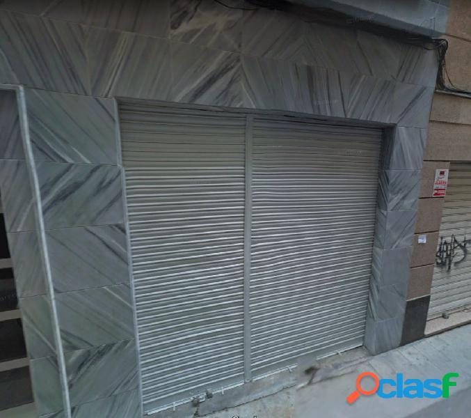 Local comercial en Elche zona Centro, 130 m2.