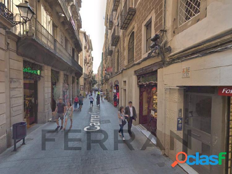 Local comercial en alquiler, Comtal, Barcelona