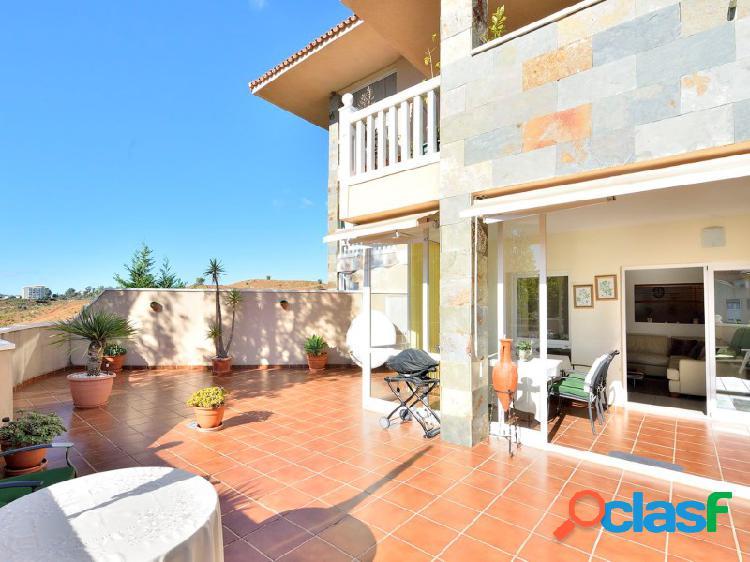 Magnífico apartamento con amplísima terraza
