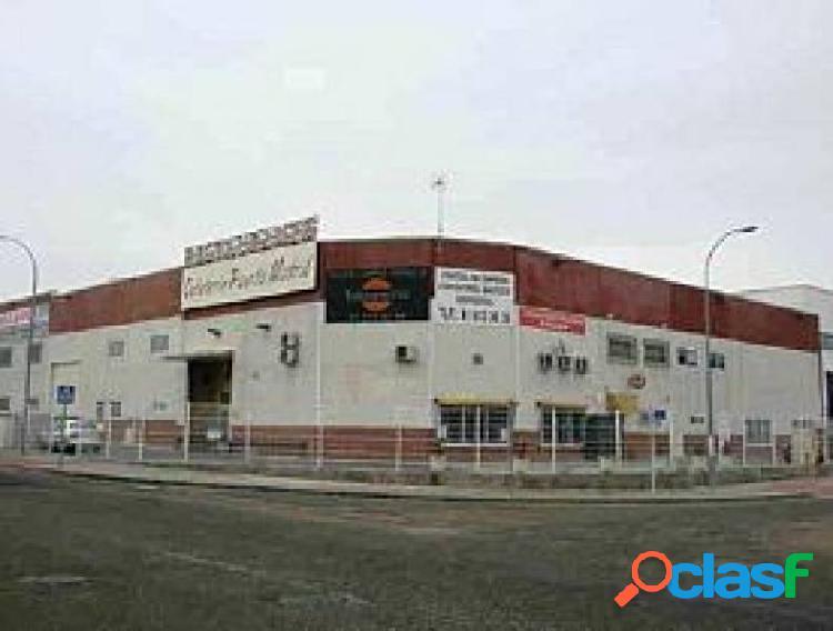 Nave en venta en Casarrubuelos, Madrid