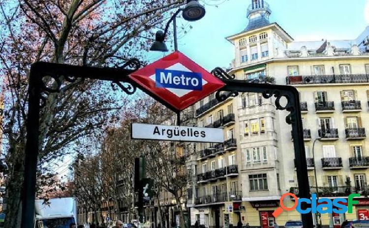 Oficina en venta en Argüelles, Madrid