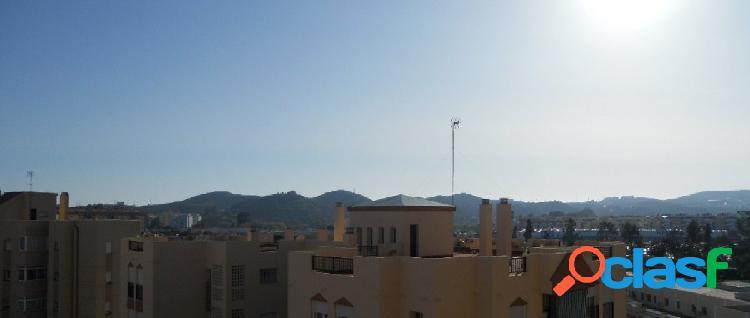 Oporturtunidad a un paso del centro de Fuengirola. Piso