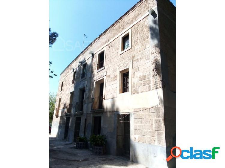Palacete 7 habitaciones Venta Roquetes