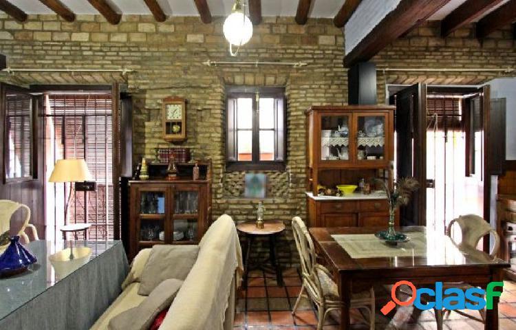 Piso de 1 habitación 84m2 zona de San Vicente Sevilla