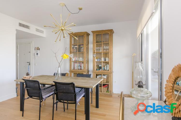 Piso de 2 dormitorios, 2 baños, garaje y piscina. Faro