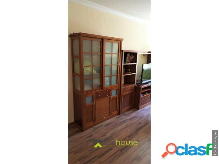 Piso de 3 dormitorios en Pérez Casas