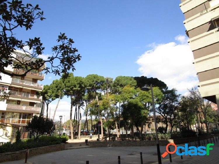 Piso de tres dormitorios en Les Corts (Barcelona)