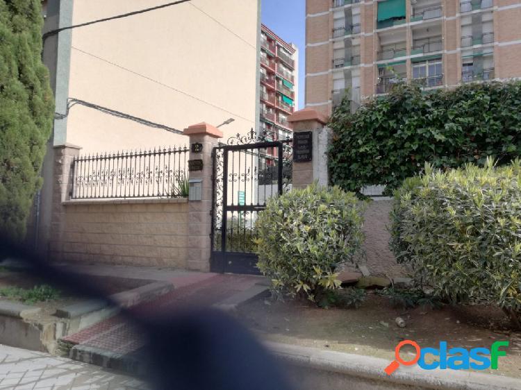 Piso en venta Calle Victor Hugo, Granada- Almanjayar