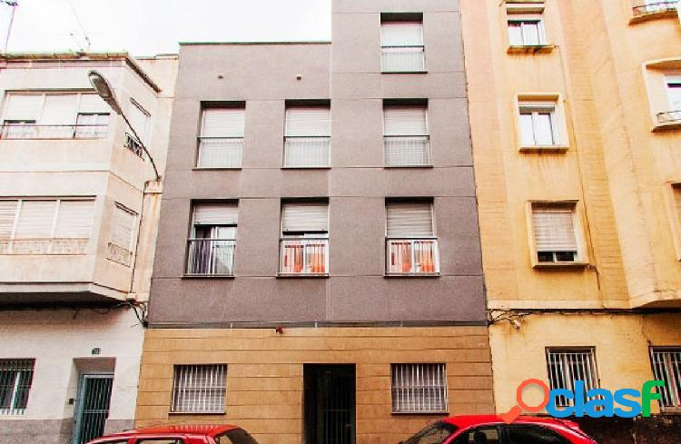 Piso en venta en Calle Pelayo-, Alicante/Alacant