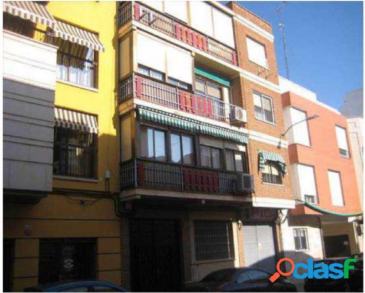 Piso en venta en Ciudad Real. zona Universidad