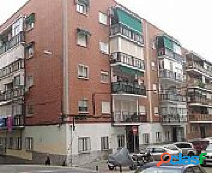 Piso en venta en Valdezarza, Madrid