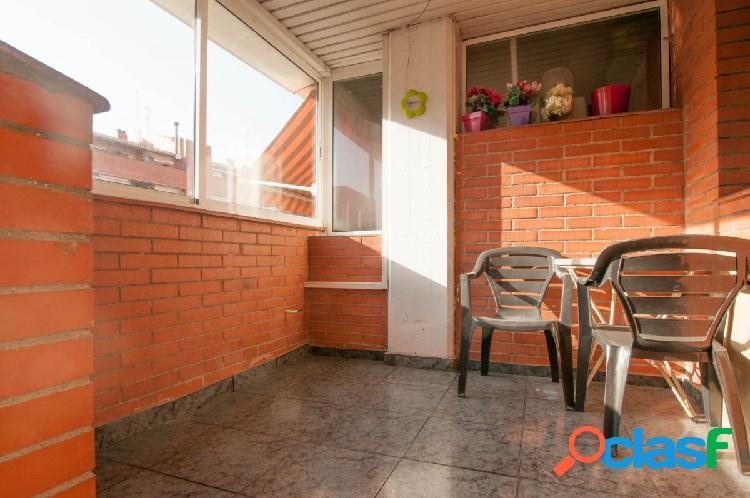 Piso en venta junto a plaza España con plaza de