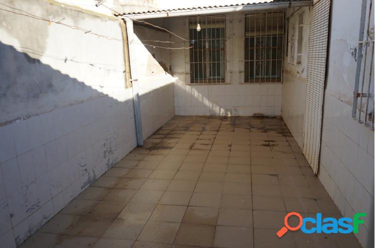 Planta baja de 3 dormitorios, patio y trastero en Los