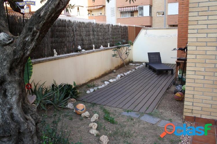 Preciosa planta baja de 101 m2, 4 hab, 2 baños plaza de