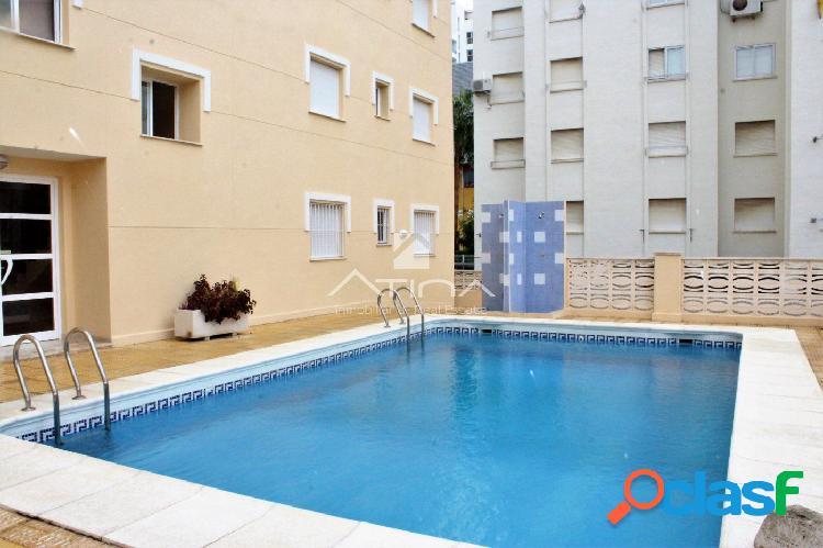 Precioso apartamento en planta baja con terraza de 30 m2