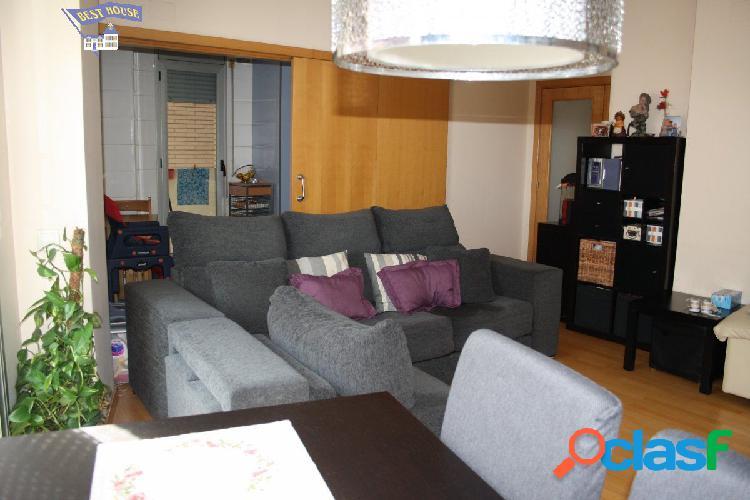 Precioso piso de 114 m2, 4 hab, 2 baños, piscina