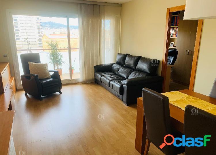 Precioso piso en venta en Sants, Barcelona.