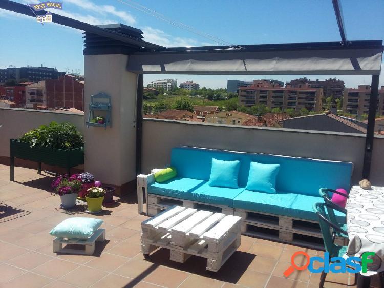 Precioso ático duplex 4 hab, 2 baños, terraza, en Montcada