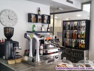 Se traspasa excelente rte cafeteria en castellon capital