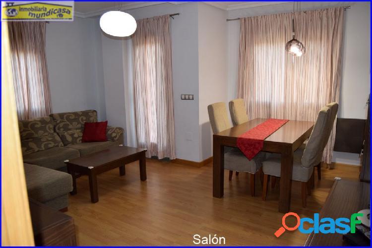 Se vende bonito piso en El Campillo, 3 habitaciones, 2