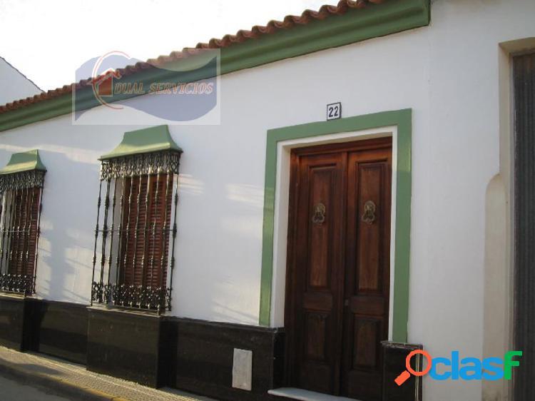 Se vende casa de pueblo en Villanueva de los Castillejos