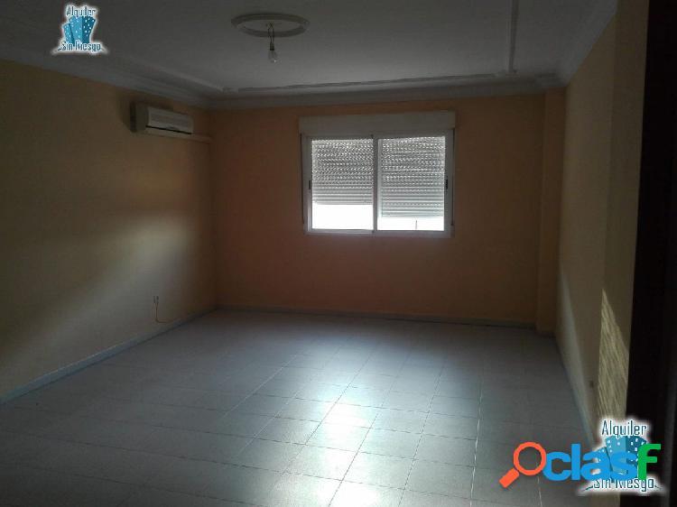 Se vende piso en La Cañada