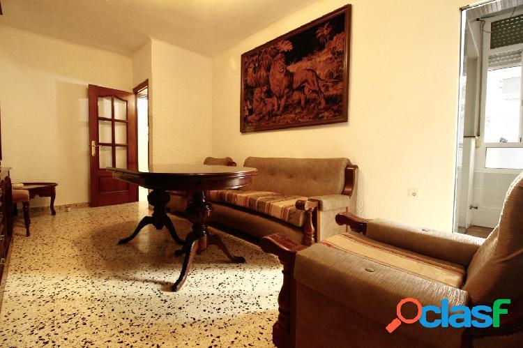 Se vende primer piso en Urbanización Mediterráneo