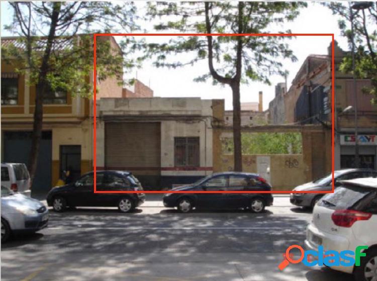 Terreno urbano en venta en avda. ramon y cajal, 102 y 104,