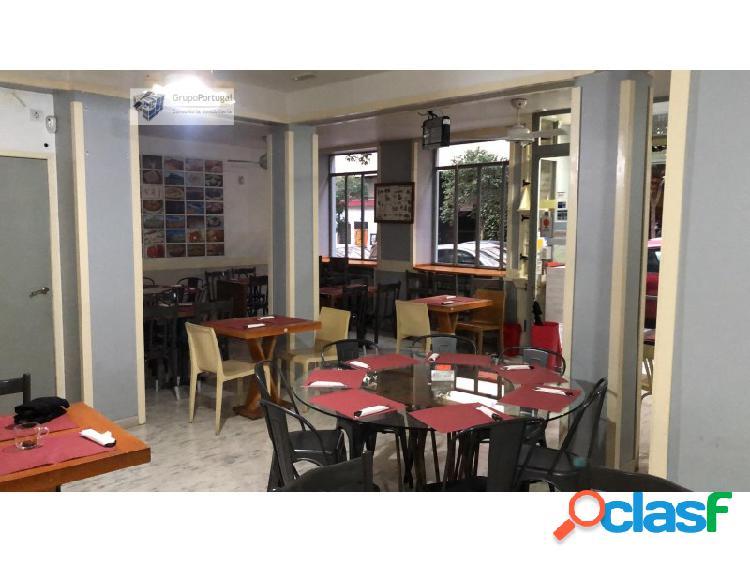 Traspaso Bar-Restaurante en local de 140 m² en Argüelles