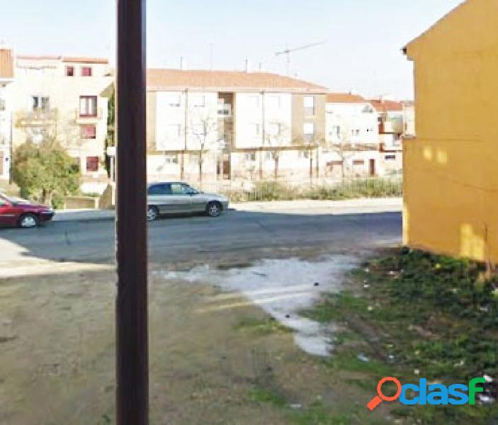 Urbis te ofrece Solar urbano en zona Pizarrales, Salamanca.