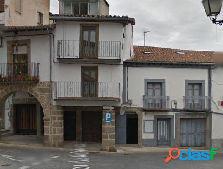 Urbis te ofrece un estupendo local en Bejar, Salamanca.
