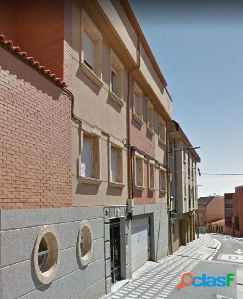 Urbis te ofrece un piso en zona Pizarrales, Salamanca.
