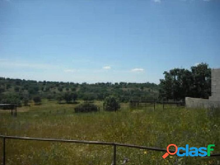 Urbis te ofrece un terreno en Herguijuela de Ciudad Rodrigo,