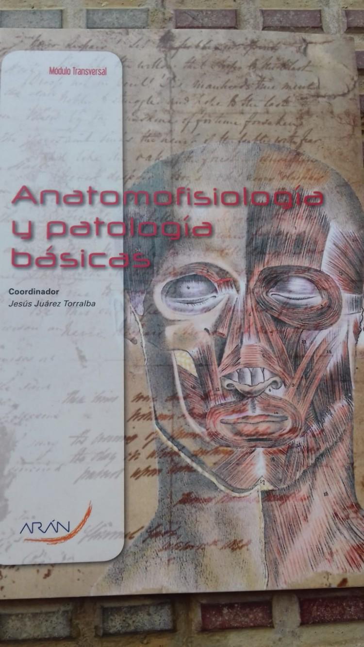 VENDO LIBROS DE TÉCNICO DE EMERGENCIA SANITARIA