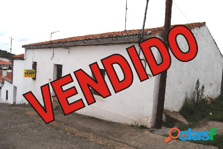 VENTA CASA DE PLANTA BAJA CON TERRENO