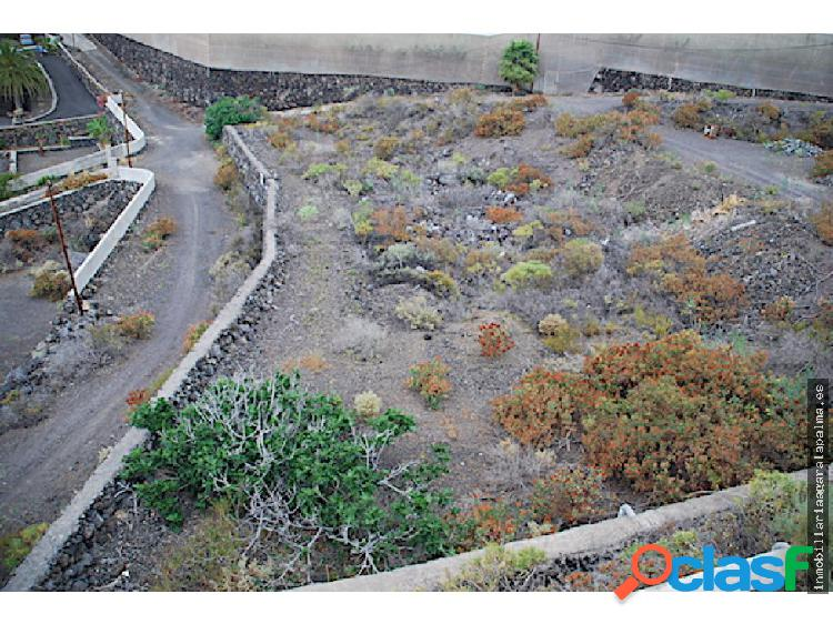 Venta de terreno urbano en Puerto Naos