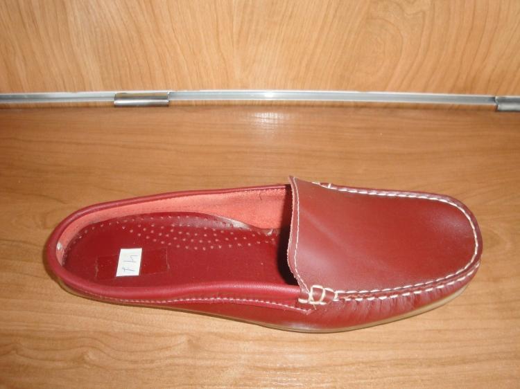 Zuecos de piel rojos planos varias tallas cheao