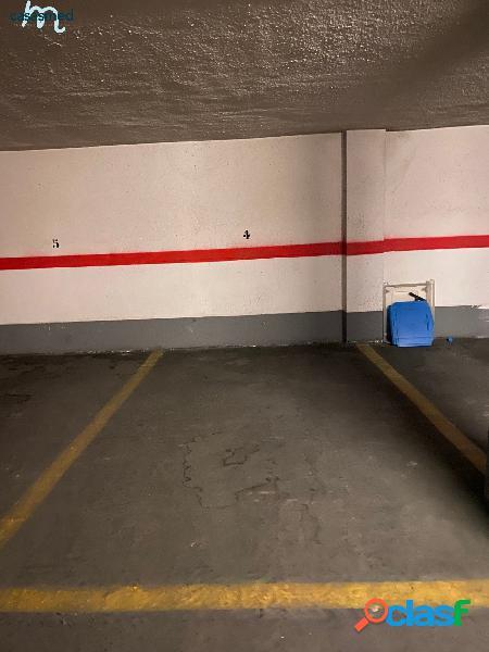 plaza de garaje en PRIMADO REIG de tamaño normal-standar,