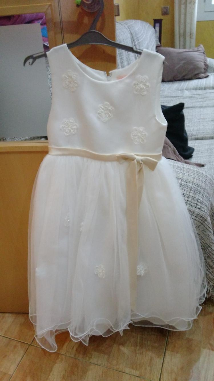 se vende vestido de arras para niña de 8 años