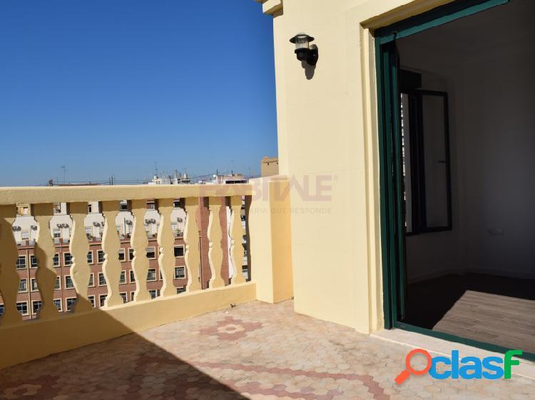 Ático 4 habitaciones Alquiler Valencia