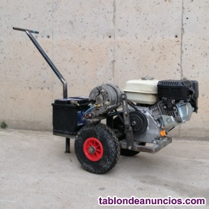 Cargador de baterías con motor