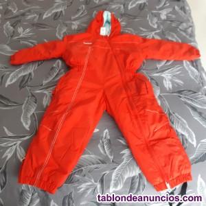 Mono rojo de esquí niño