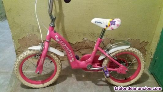 Se vende bici de niña marca juguetos