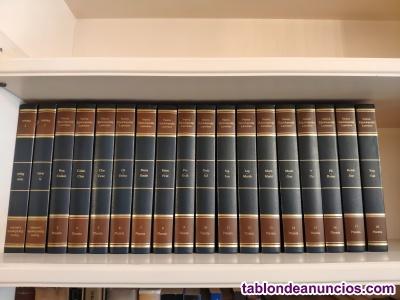 Se vende enciclopedia completa en buen estado.