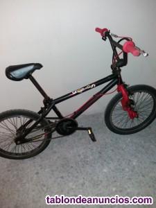 Vendo bicicleta (bmx decathlon street life)