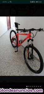 Bicicleta de montaña dos salidas