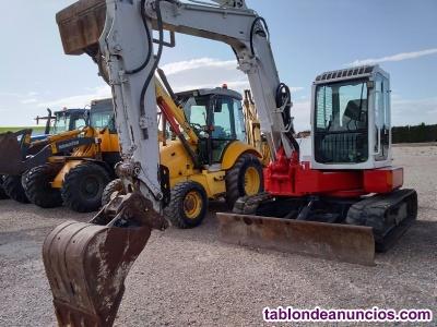 Mini excavadora giratoria takeuchi tb 80 fr.